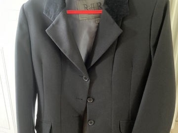 Selling: Show jacket