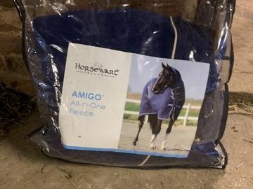 Selling: Amigo fleece